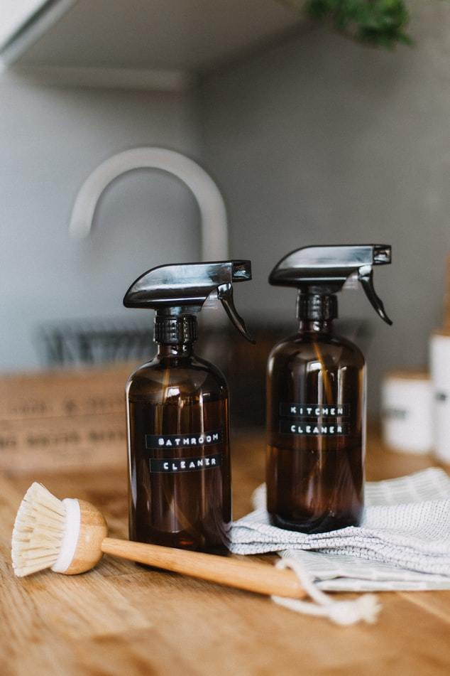 Amber cleaning bottles - Sustainable Vibes